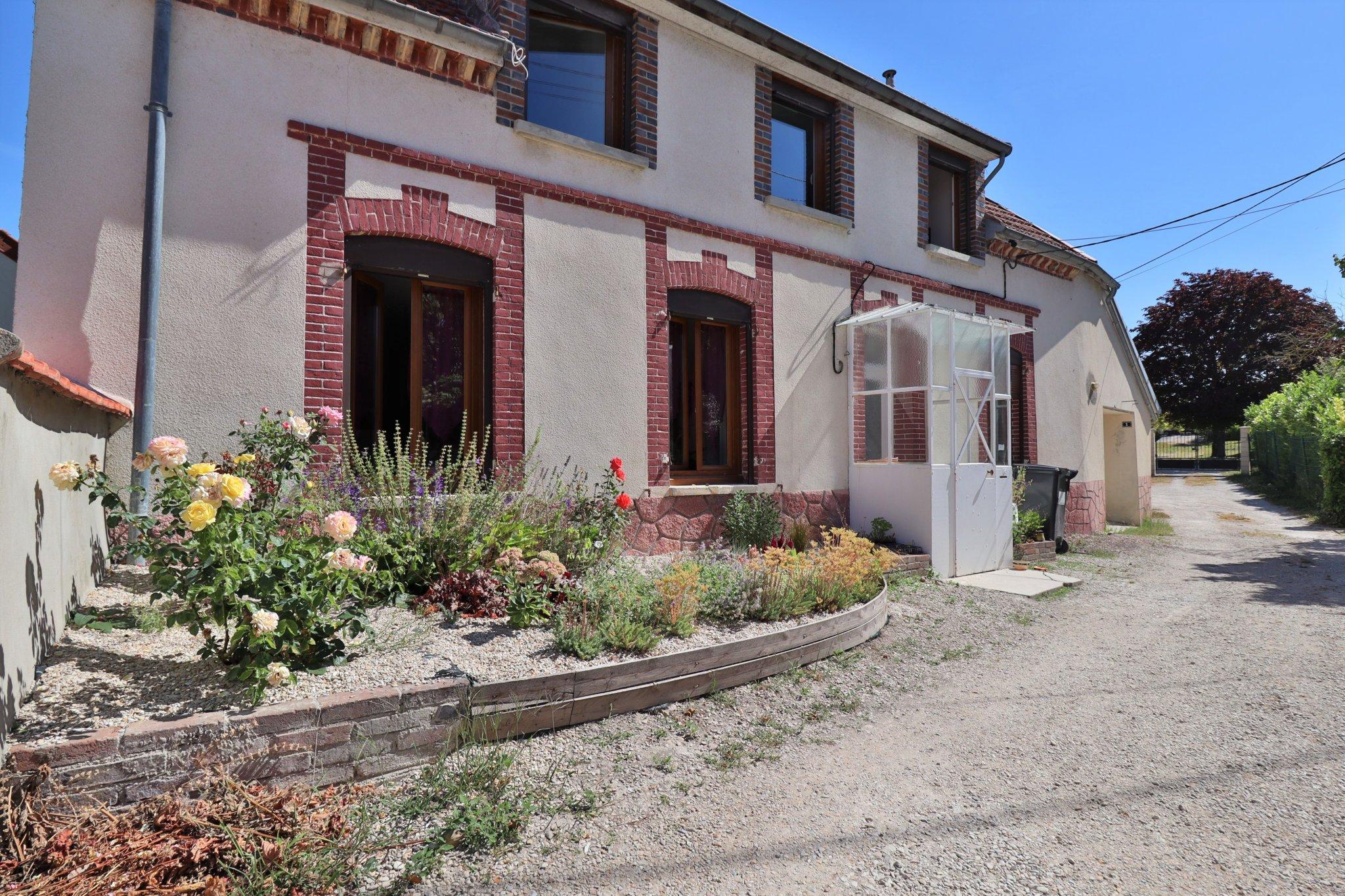 Maison à vendre à Troyes et son agglomération  Damonte Immobilier