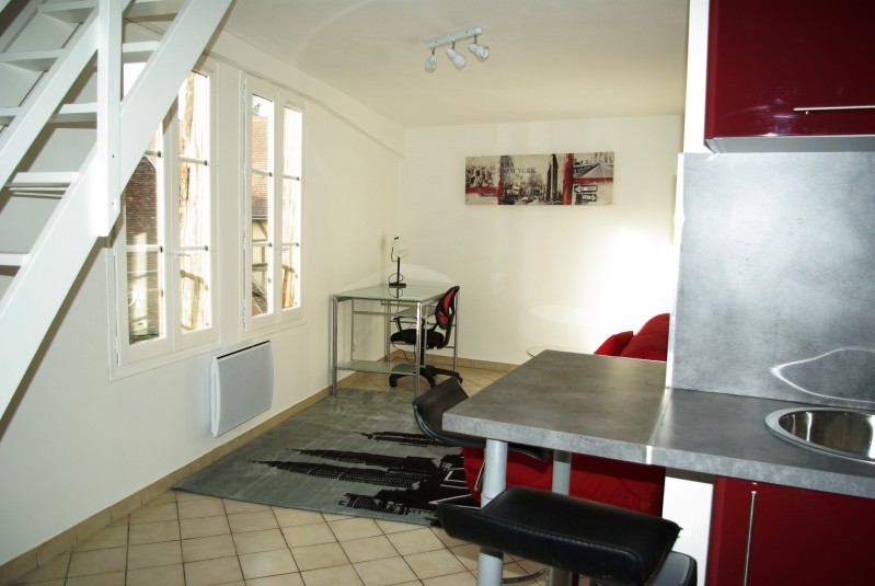 Damonte Location appartement - 1 impasse gambey, TROYES - Ref n° 4231