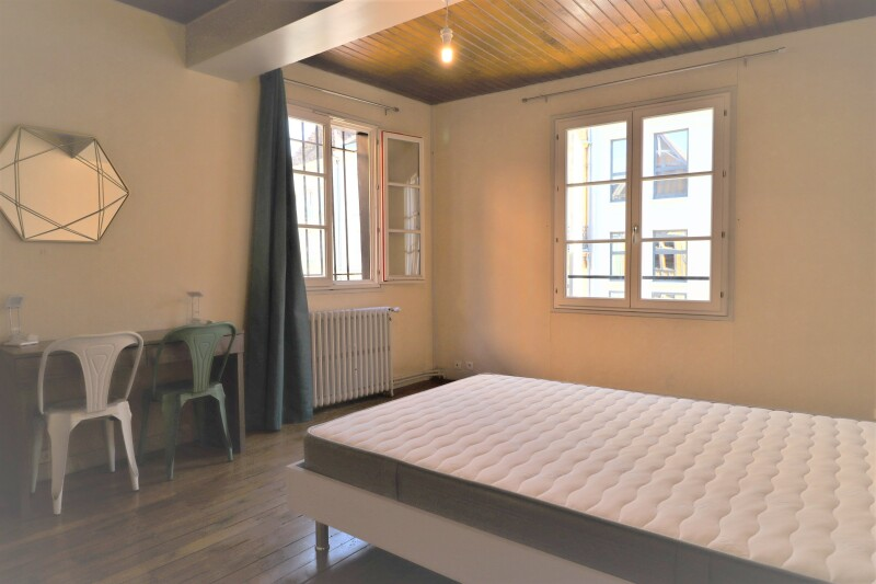 Damonte Location appartement - 3 place du marche au pain, TROYES - Ref n° 5243